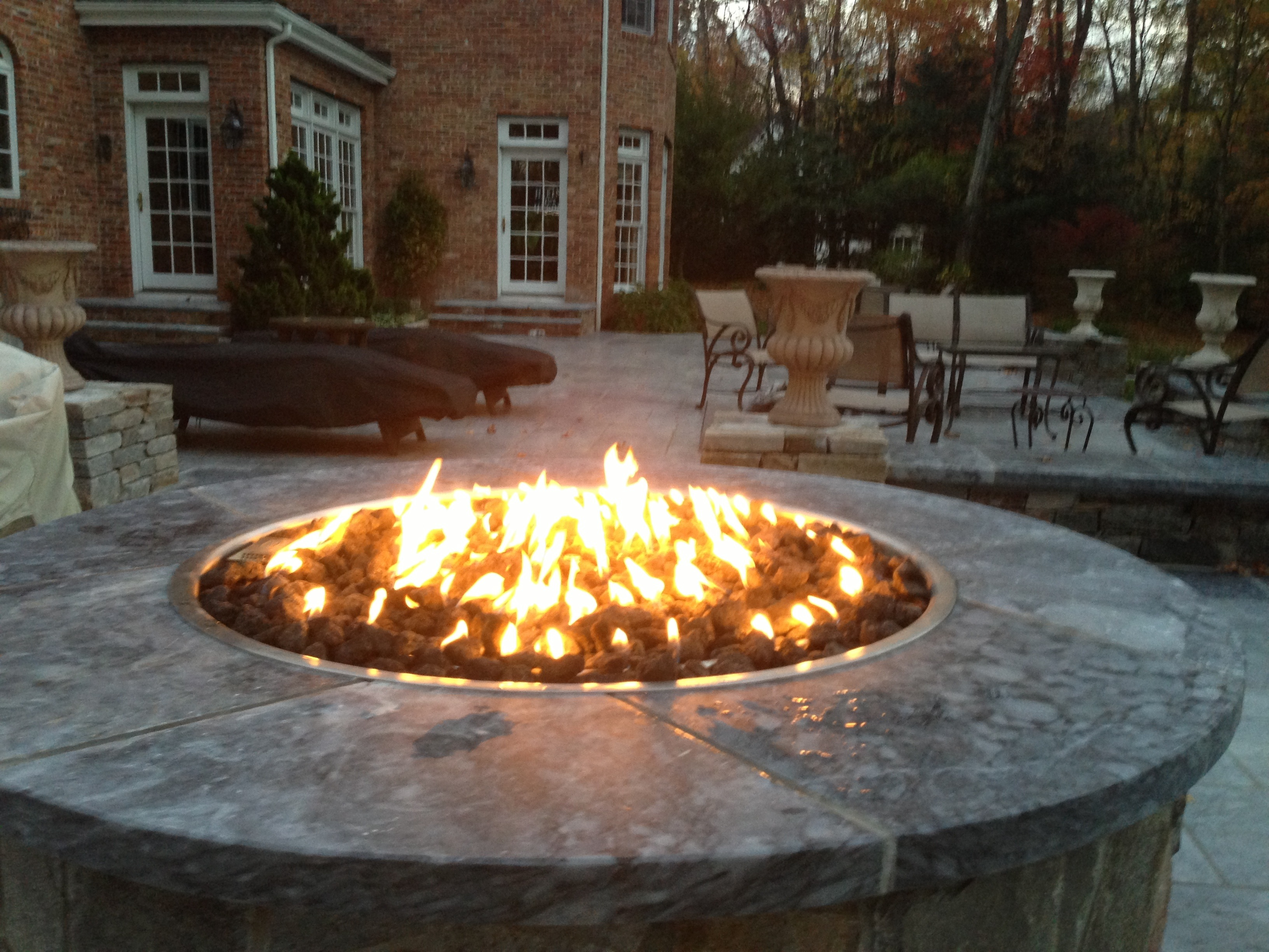 Hamptons Home: Choosing the perfect fire feature for your ...